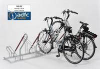 Fahrradständer - Anlehnparker mit mehr Abstand, verzinkt mit einseitiger Radeinstellung 90° mit Stel 3000 / 6