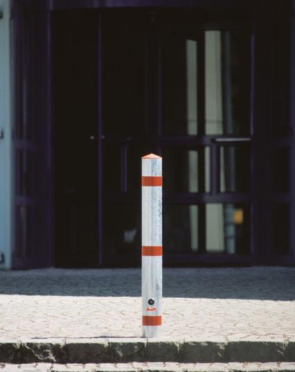 Vierkant-Sperrpfosten aus Stahl zum Herausnehmen, mit Dreikantschloss, 70 mm Breite