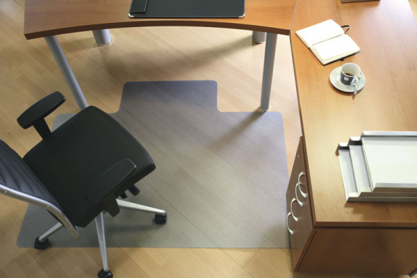 Bläulich-Transparente Bodenschutzmatte für Teppichböden, strukturiert