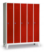 Garderobenschrank, die Klassischen, Abteilbreite 300 mm, 4 Abteile, mit Sockel