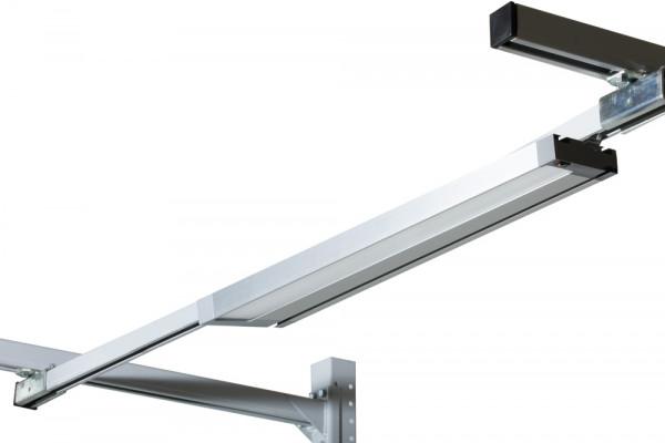LED Einstiegs-Langfeldleuchte mit Prismenblende